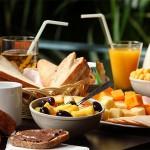 petit-dejeuner-mas-des-bartavelles-var